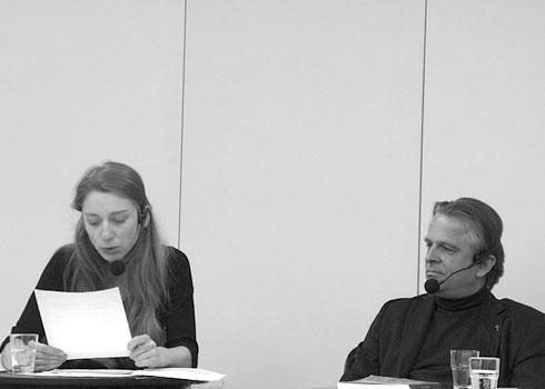 """Kathleen Morgeneyer liest Passagen aus der Literaturzeitschrift """"Schreibheft"""", mit Norbert Wehr (Herausgeber)"""